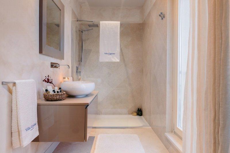 Phòng tắm của Villa Cipriana