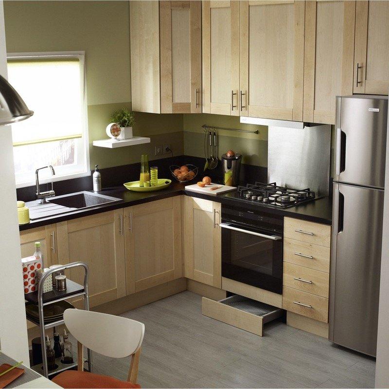9 ý tưởng thiết kế nội thất cho không gian bếp nhỏ đẹp - Sử dụng tủ bếp sát trần