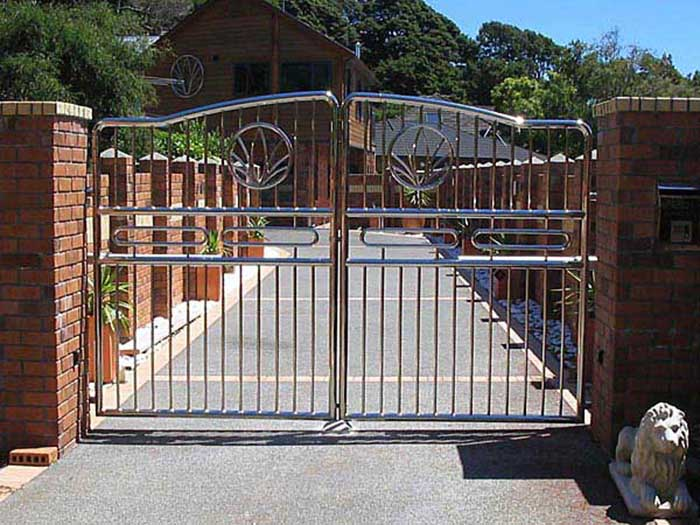 mẫu cổng nhà đẹp 23