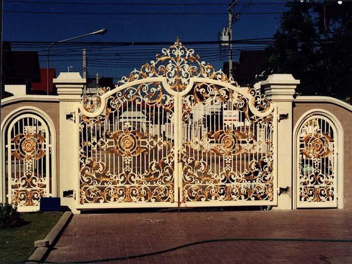 mẫu cổng nhà đẹp 03