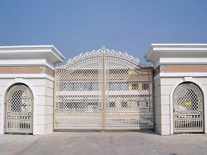 Mẫu cổng nhà đẹp 18