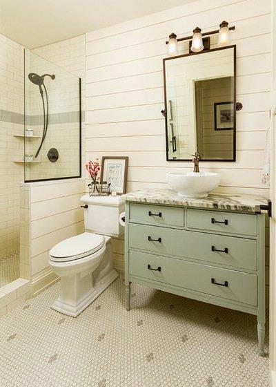 Màu sắc tự nhiên, kết hợp đồ vật cổ điển tạo một không gian phòng tắm hết sức độc đáo