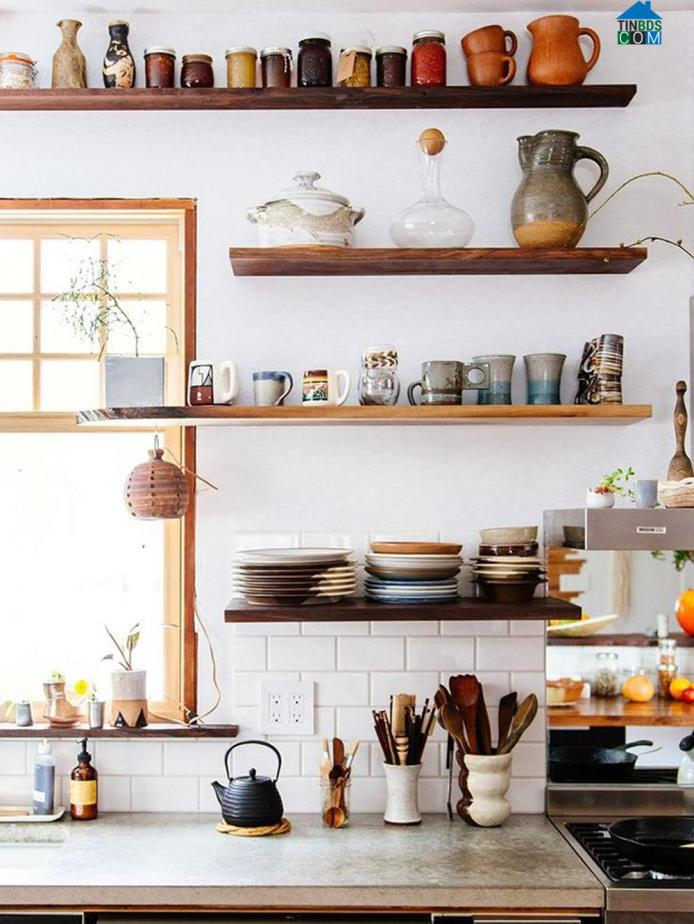 Kệ gỗ để đồ bếp được thiết kế độc đáo