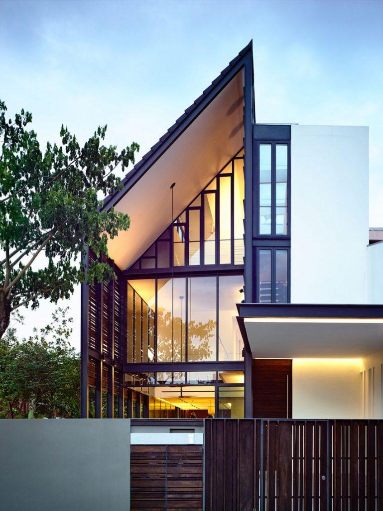 """Thiết kế biệt thự 2 tầng """"MÁI LỆCH"""" độc đáo tại Singapore post image"""