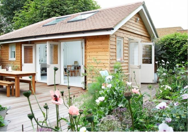 Mẫu thiết kế nhà cấp 4 sân vườn giả biệt thự mái thái đơn giản mà đẹp thumbnail
