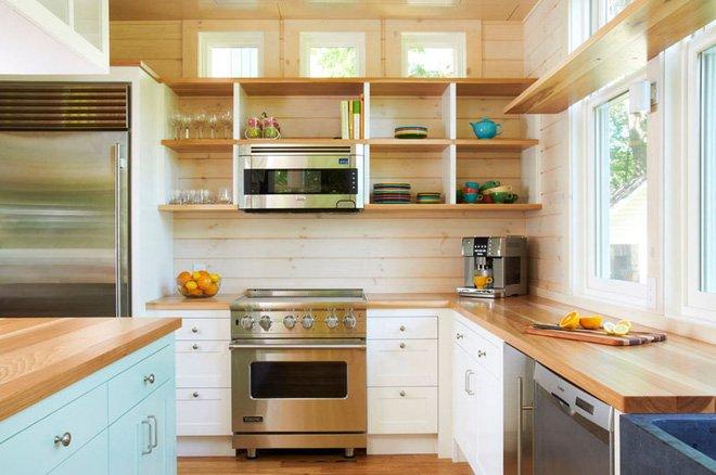 Một mẫu bếp đẹp hiện đại luôn luôn tồn tại những chiếc kệ mở thumbnail