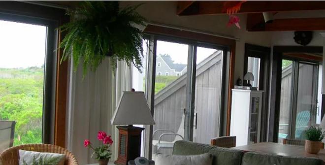 8 mẫu phòng khách đẹp bất ngờ sau khi thiết kế và trang trí lại