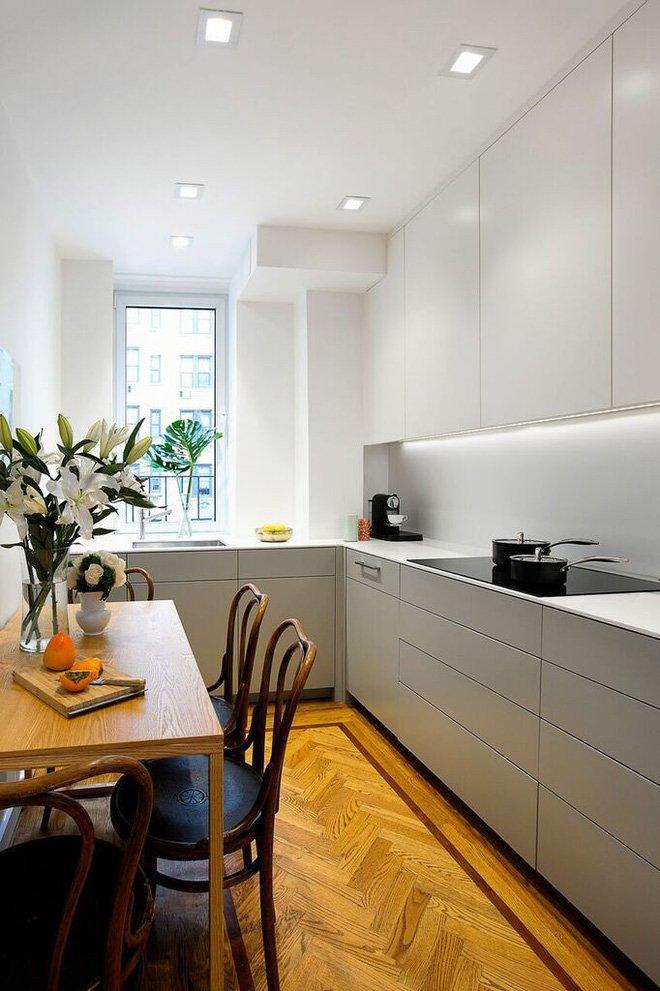 Thiết kế nhà bếp nhỏ hẹp hình chữ U mang ánh sáng vào không gian bếp