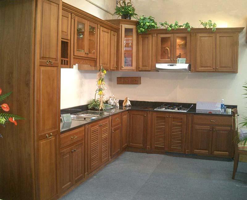 Mẫu tủ bếp gỗ tự nhiên đẹp Xoan đào