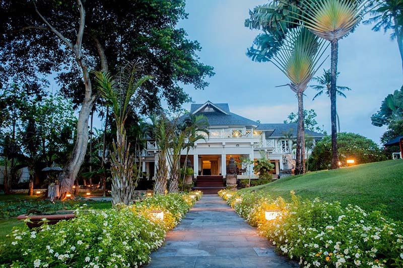 8-Villa-Gajah-Putih-Bali