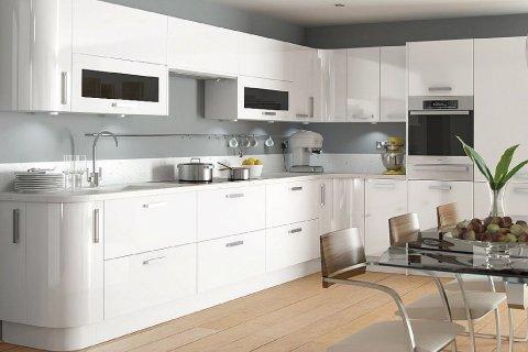 Tủ bếp gỗ Acrylic – Hoàn thiện công trình tủ bếp nhà chị Sự – Hà Đông post image