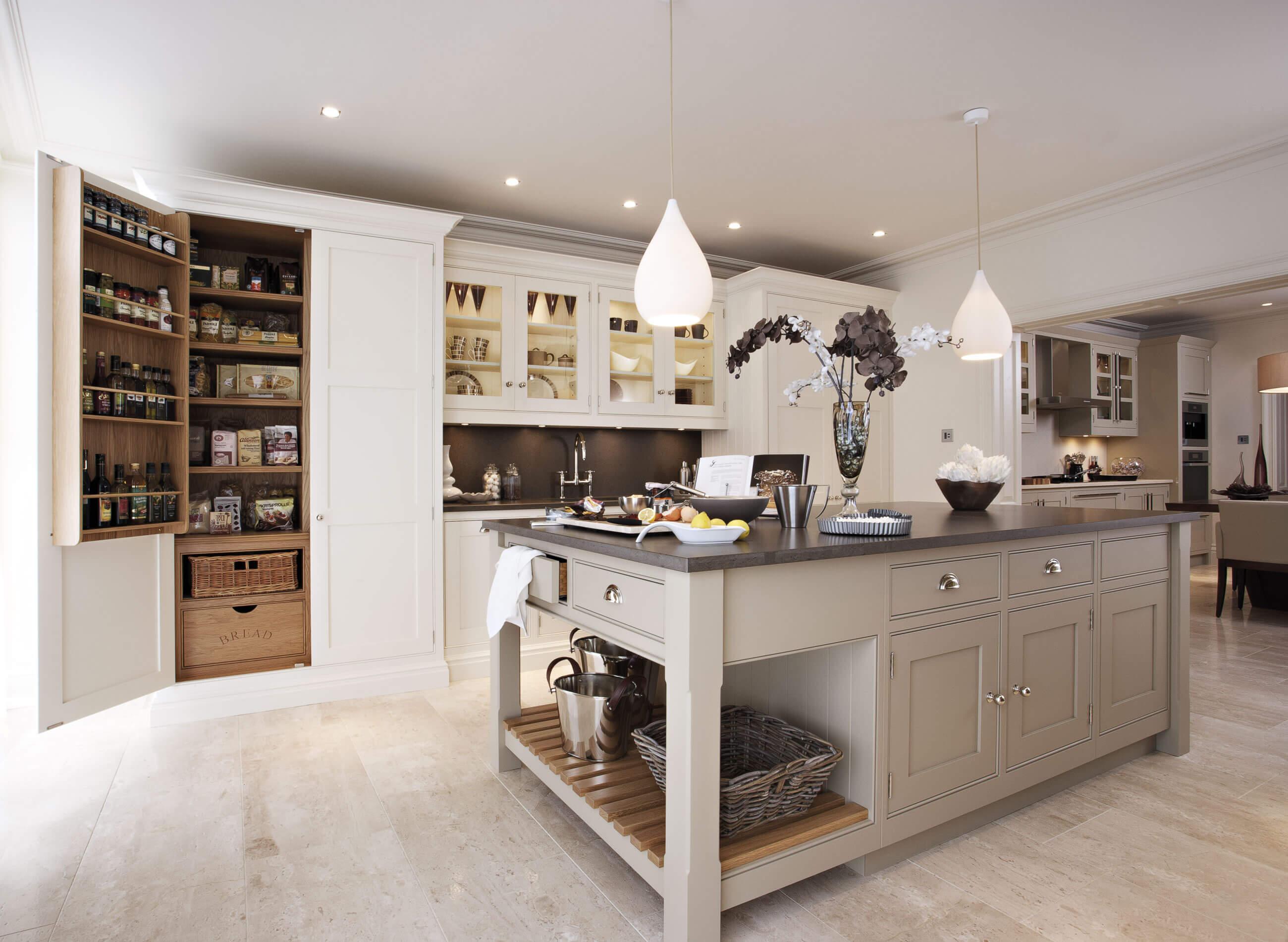 Chọn mẫu tủ bếp hiện đại như thế nào cho ngôi nhà của bạn? thumbnail