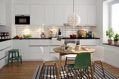 Tủ bếp gỗ sồi Mỹ – Hoàn thiện công trình tủ bếp nhà anh Dũng – Goldmark city post image