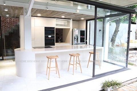Tủ bếp gỗ Acrylic – Hoàn thiện dự án không gian bếp nhà anh Thảo Thái Nguyên