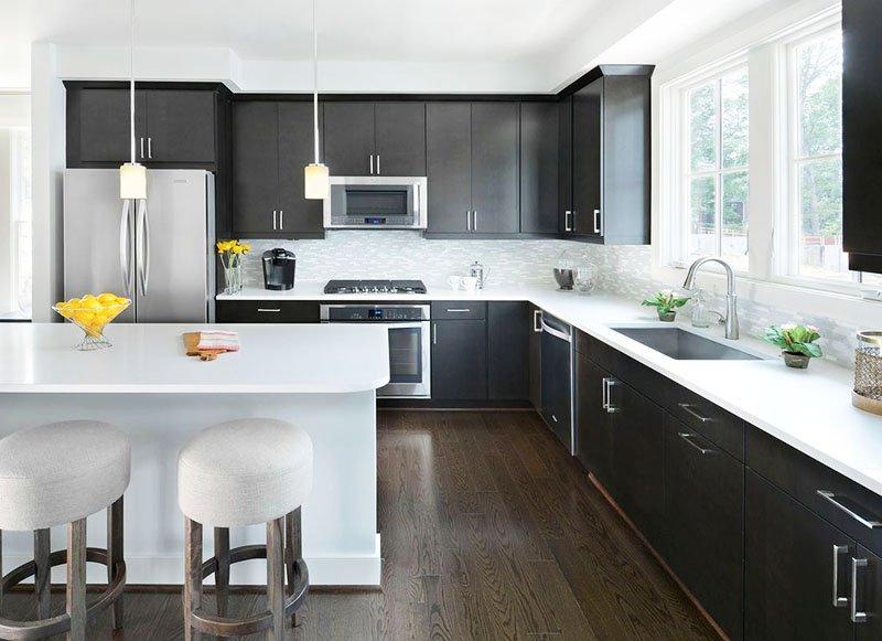 Mẫu thiết kế phòng ăn nhà biệt thự đẹp sang trọng màu đen