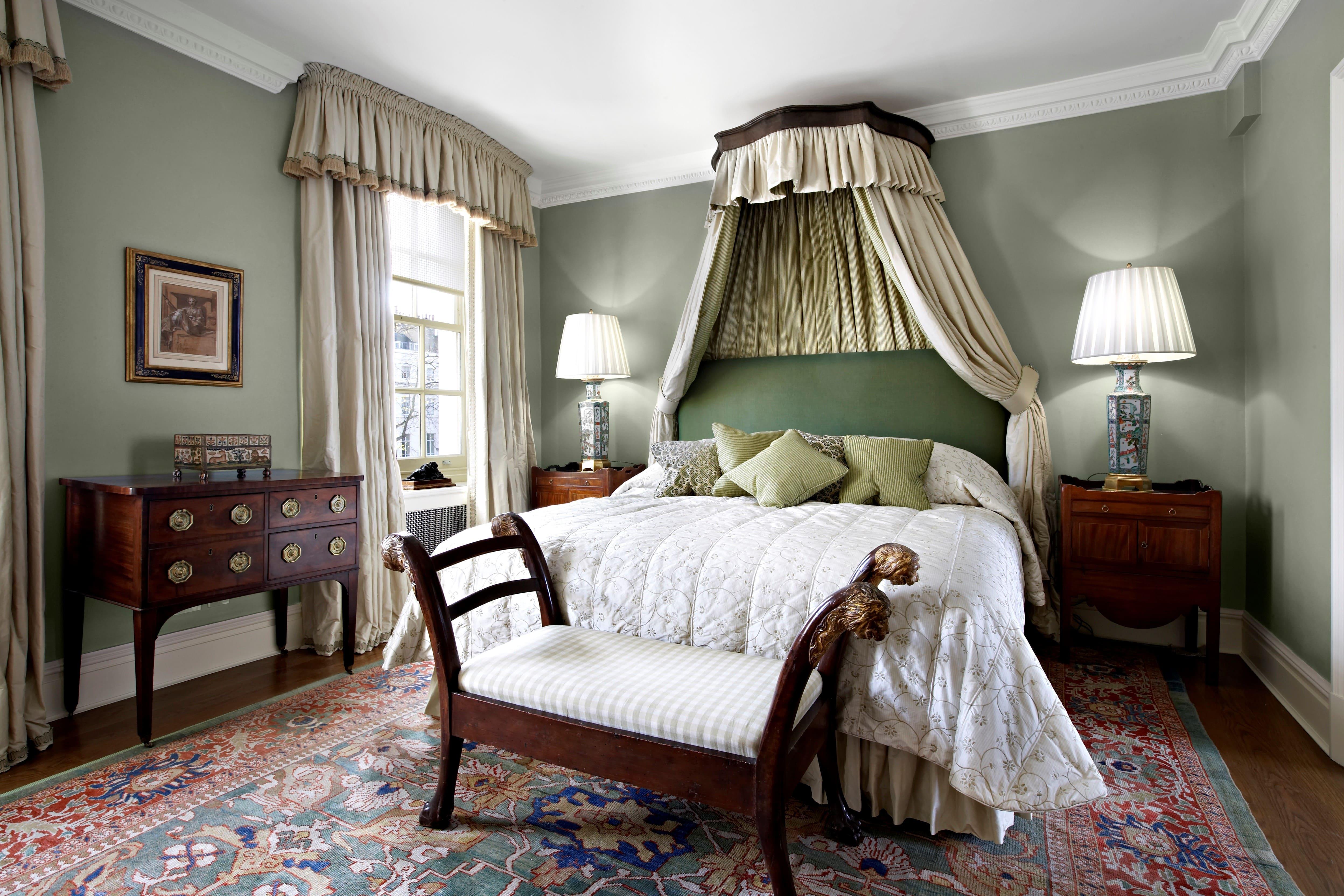 Mẫu thiết kế phòng ngủ nhà chung cư sang trọng cổ điển