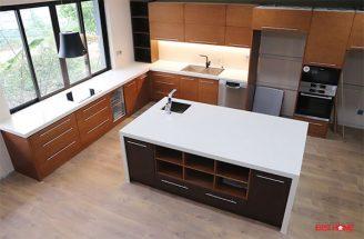 Tủ bếp gỗ Veneer – Hoàn thiện dự án không gian bếp nhà chị Thủy – Splendora, Bắc An Khánh, Hà Nội