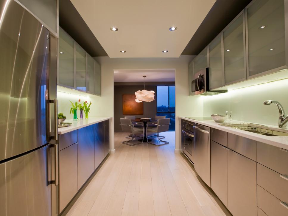Mẫu tủ bếp nhỏ hiện đại gợi ý bởi BestHome
