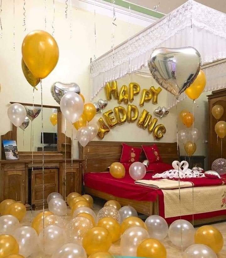 Trang trí phòng cưới với các tone màu vàng